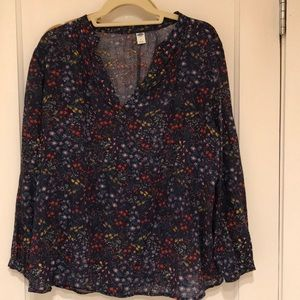 Old Navy floral top - size L